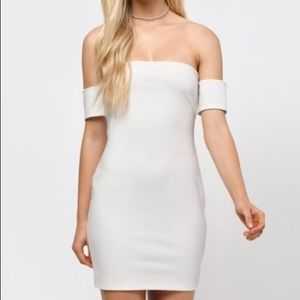 Tobi White Off the Shoulder Bodycon Lace Up Dress